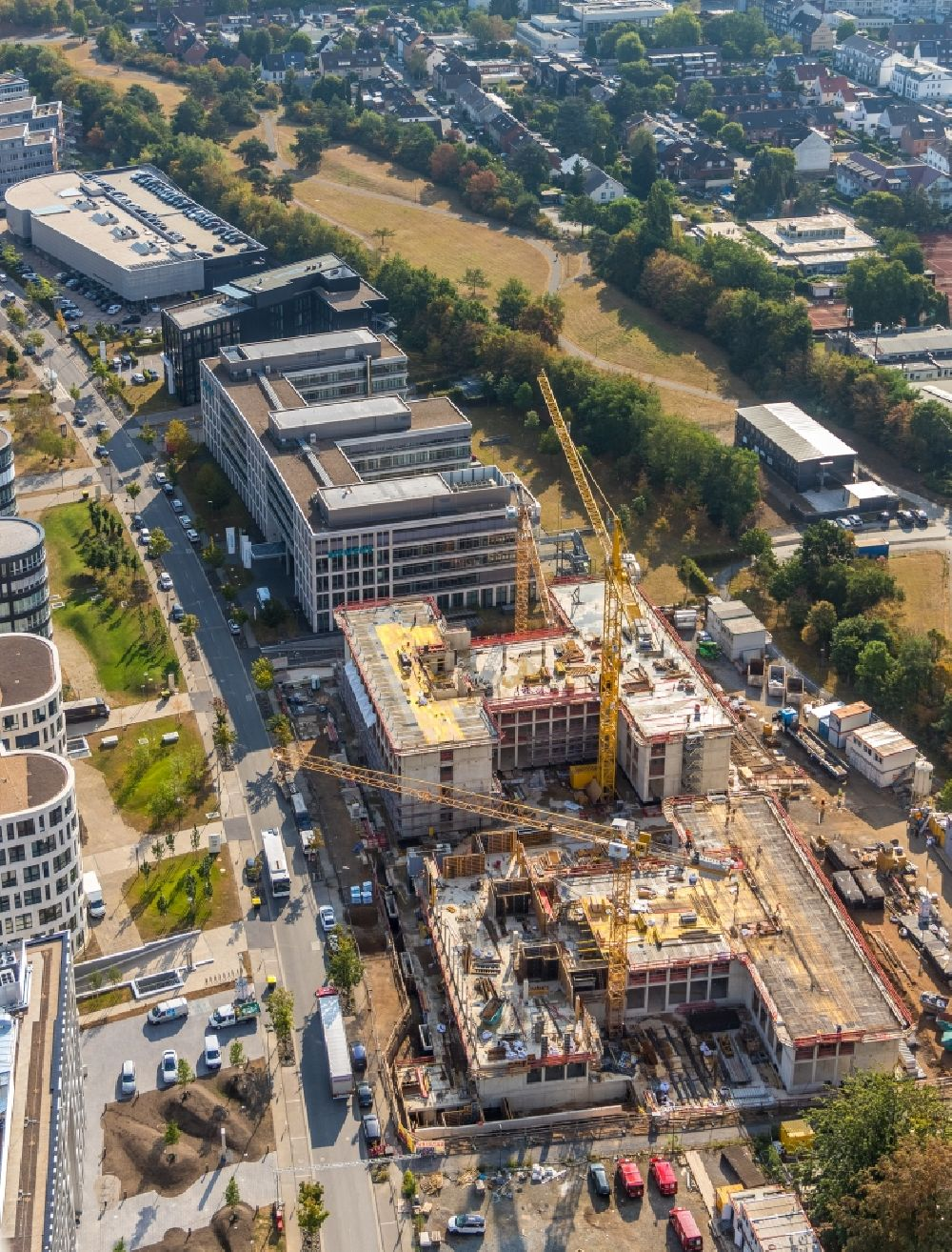 Düsseldorf from above - Construction site to build a new office and commercial building AOS Airport Office Six on Klaus-Bungert-Strasse in the district Lohausen in Duesseldorf in the state North Rhine-Westphalia, Germany