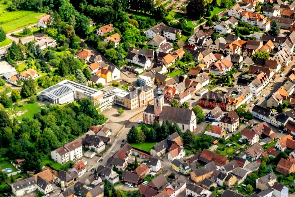 Kippenheim from the bird's eye view: Town View of the streets and houses of the residential areas in Kippenheim in the state Baden-Wurttemberg, Germany
