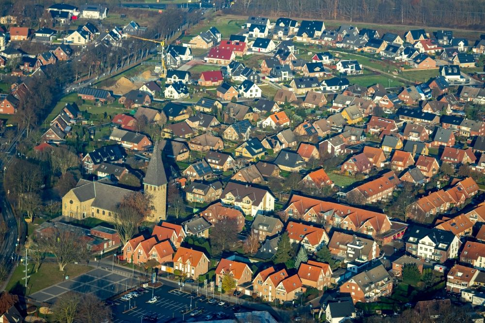 Sythen from above - Town View of the streets and houses of the residential areas in Sythen in the state North Rhine-Westphalia, Germany