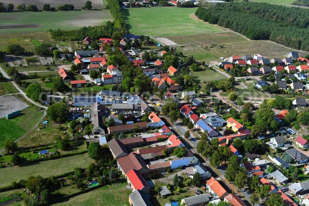 Telz from the bird's eye view: Town View of the streets and houses of the residential areas in Telz in the state Brandenburg, Germany