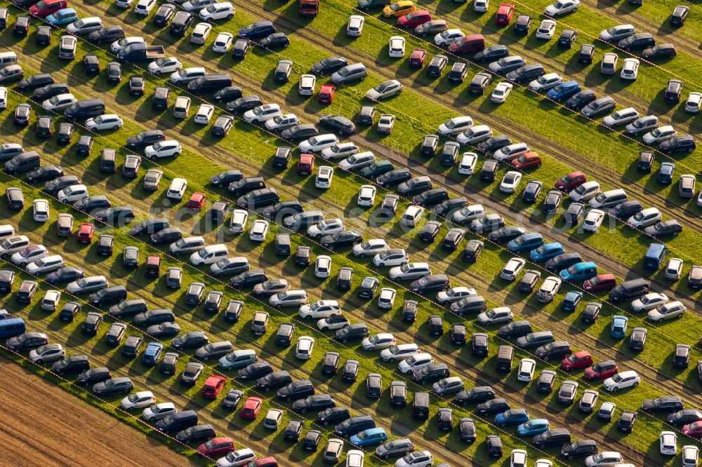 Warstein from above - Parking and storage space for automobiles to festival Warsteiner Internationale Montgolfiade in Warstein in the state North Rhine-Westphalia, Germany