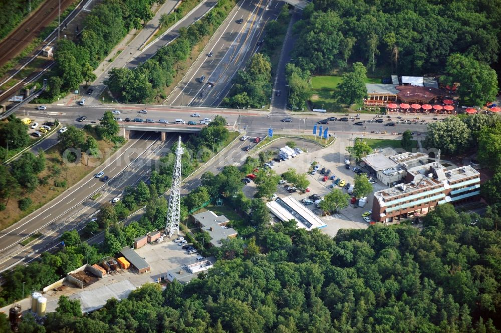 Aerial photograph Berlin - Motorway service area Grunewald at the highway 115, the Spinner bridge and the motorbike haunt in the district Nikolassee of Berlin-Zehlendorf