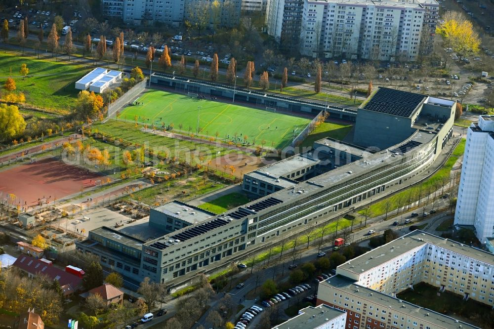 Aerial image Berlin - School building of the Fritz-Reuter-Oberschule in the district Hohenschoenhausen in Berlin, Germany