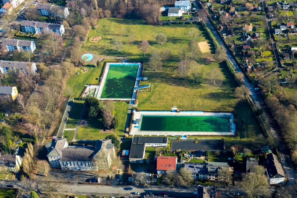 Aerial photograph Bochum - Swimming pool of the WasserWelten Bochum Werne on Bramheide in the district Werne in Bochum in the state North Rhine-Westphalia, Germany