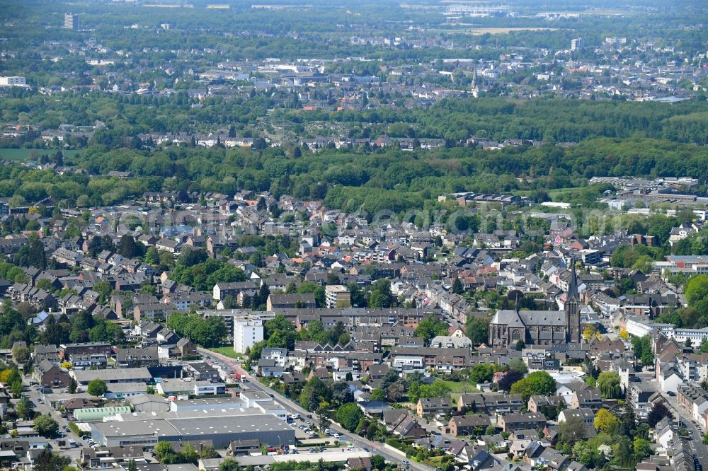 Mönchengladbach from above - Settlement area in the district Giesenkirchen in Moenchengladbach in the state North Rhine-Westphalia, Germany