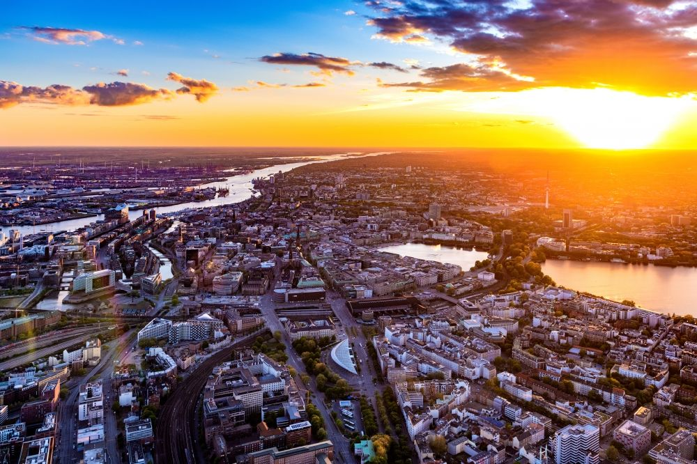 Aerial photograph Hamburg - City view sunset of the downtown area on the shore areas of Binnenalster in Hamburg, Germany