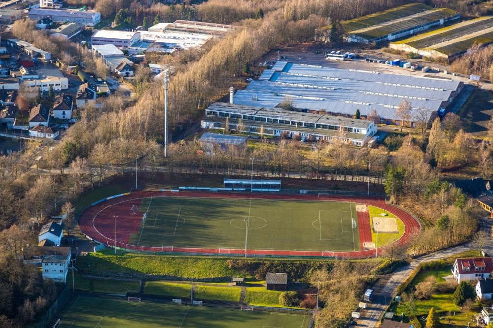 Aerial photograph Heiligenhaus - Sports grounds and football pitch in Heiligenhaus in the state North Rhine-Westphalia, Germany. Further information at: SSVg 09/12 Heiligenhaus e.V..