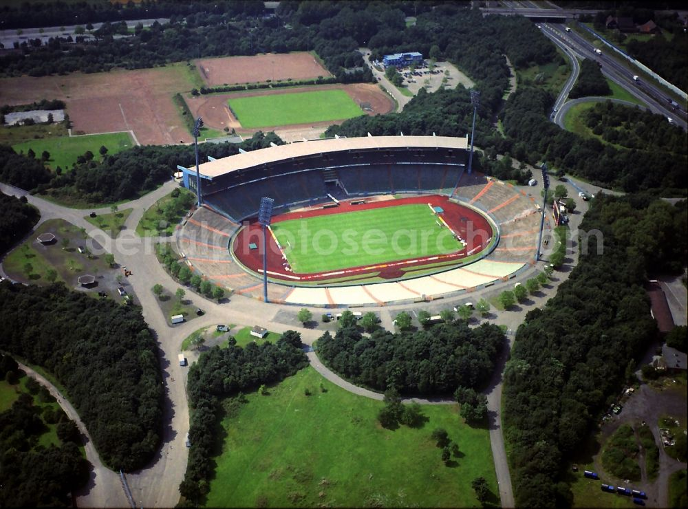 Aerial photograph Gelsenkirchen - Sports facility grounds of stadium Glueckauf in Gelsenkirchen in the state North Rhine-Westphalia, Germany