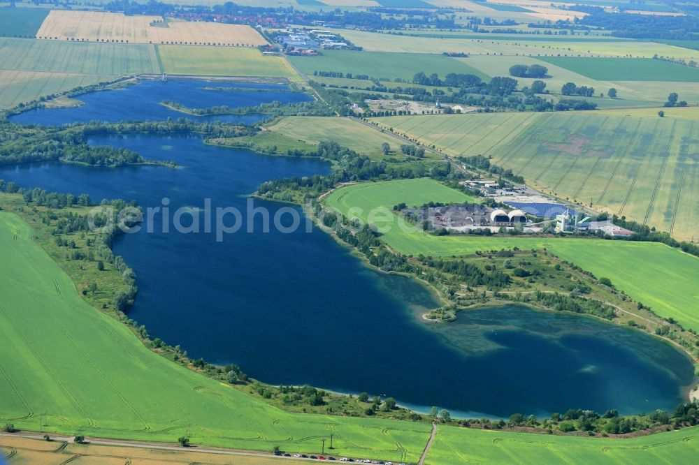 Wegeleben from above - Shore areas of the ponds for fish farming in Wegeleben in the state Saxony-Anhalt, Germany