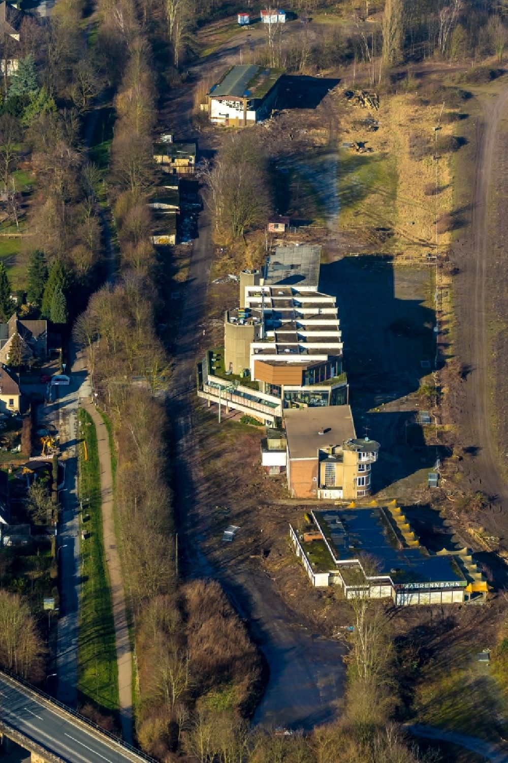 Recklinghausen from the bird's eye view: Development, demolition and renovation work on the site of the former racetrack - Trabrennbahn in Recklinghausen in the state North Rhine-Westphalia, Germany