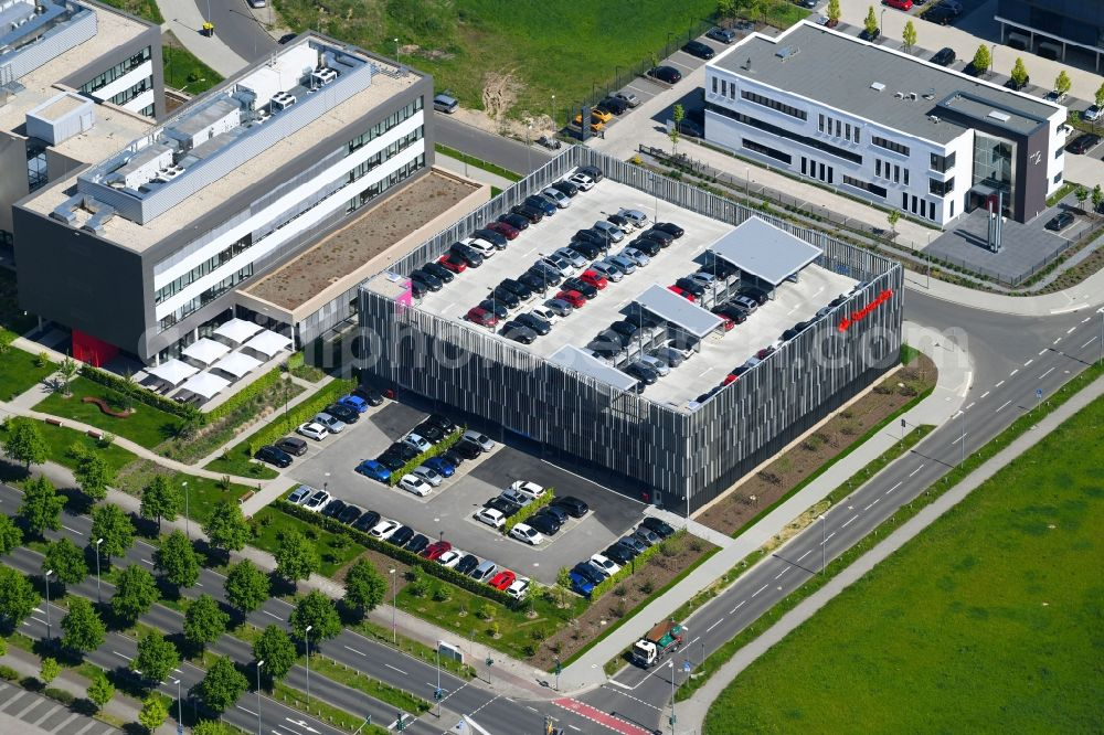 Mönchengladbach from the bird's eye view: Banking administration building of the financial services company Santander Consumer Bank AG Am Nordpark in Moenchengladbach in the state North Rhine-Westphalia, Germany