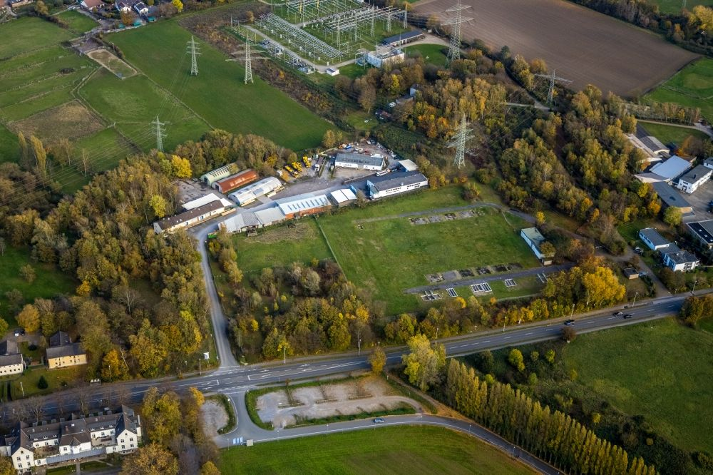 Selbeck from the bird's eye view: Building and production halls on the premises Economy Holzpackmittel GmbH on Koelner Strasse in Selbeck in the state North Rhine-Westphalia, Germany