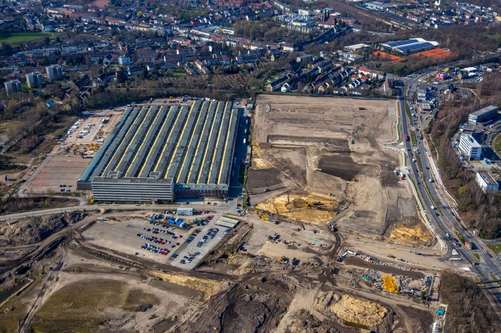 Aerial image Essen - Building and production halls on the premises of Epiroc Deutschland GmbH on Helenenstrasse in the district Bochold in Essen in the state North Rhine-Westphalia, Germany