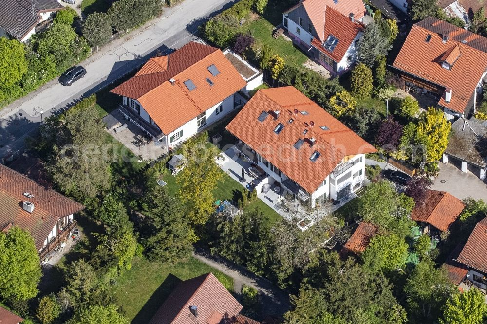 Aerial image Oberhaching - Single-family residential area of settlement Waldstrasse - Sauerlacher Strasse in the district Deisenhofen in Oberhaching in the state Bavaria, Germany