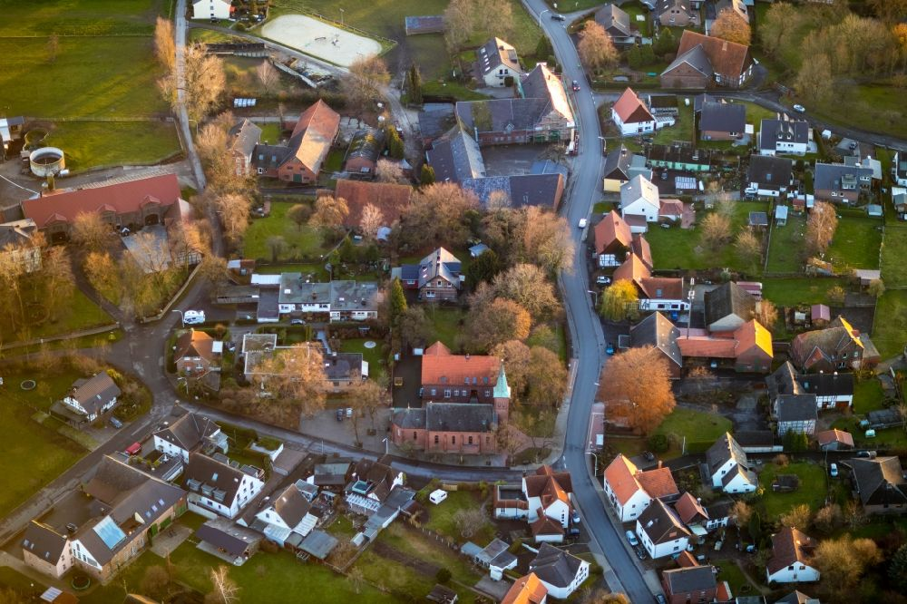Aerial photograph Werl - Aerial view of residential area and catholic church St. Antonius in Werl in federal state North Rhine-Westphalia, Germany