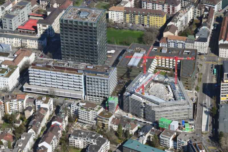 Construction site for a new extension to the hospital grounds Hochhaus Biozentrum of Universitaet and das Klinikgelaende of Krankenhauses Universitaetsspital in the district Am Ring in Basel, Switzerland