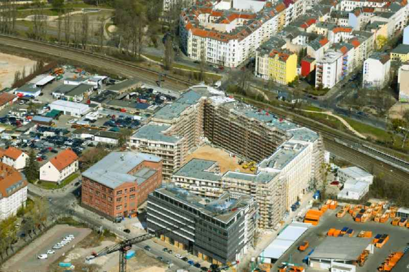Construction site to build a new multi-family residential complex ' Stadtquartier Suedkreuz ' on Gotenstrasse - Tempelhofer Weg in the district Schoeneberg in Berlin, Germany
