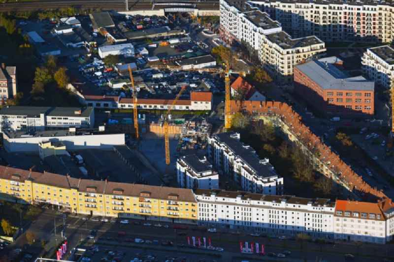 Construction site to build a new multi-family residential complex Sachsendamm - Gotenstrasse - Tempelhofer Weg in the district Schoeneberg in Berlin, Germany