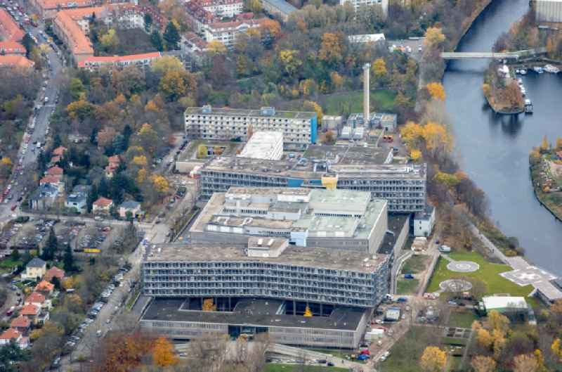 Hospital grounds of the Clinic ' Conpus Benjonin Franklin ' on Hindenburgdamm overlooking the helicopter landing pad in the district Steglitz in Berlin, Germany
