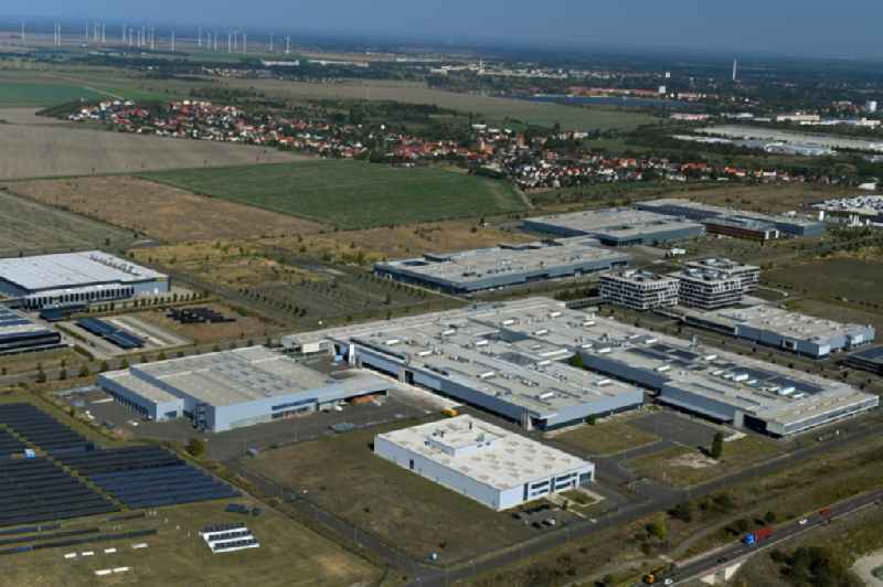 Building and production halls on the premises of Hanwha Q CELLS GmbH on Sonnenallee in the district Thalheim in Bitterfeld-Wolfen in the state Saxony-Anhalt, Germany