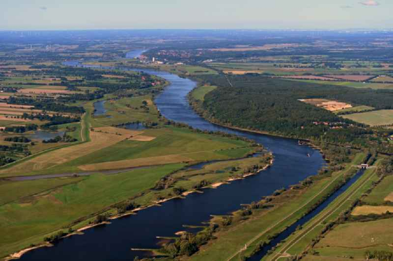 Curved loop of the riparian zones on the course of the river Elbe in Bleckede in the state Lower Saxony, Germany