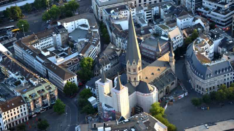 Church building of the cathedral of Bonner Muenster on Muensterplatz in Bonn in the state North Rhine-Westphalia, Germany