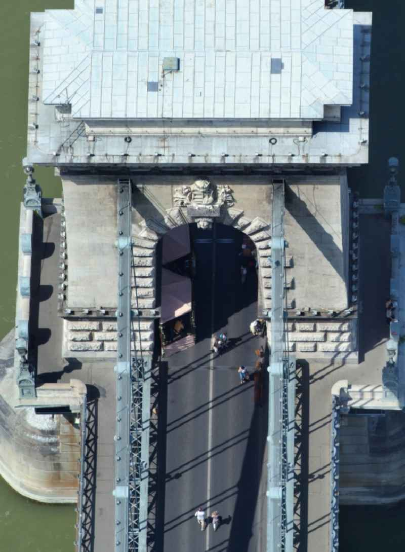River - Bridge structure of the chain bridge Szechenyi Lanchid over the course of the Danube in Budapest in Hungary