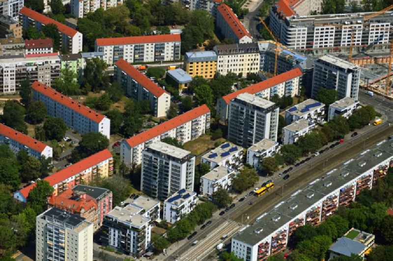 Residential area of a multi-family house settlement on Ermischstrasse - Hertha-Lindner-Strasse - Freiberger Strasse in the district Wilsdruffer Vorstadt in Dresden in the state Saxony, Germany