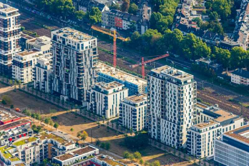 Construction on Office building - Ensemble ' Le Quartier Central ' at the Toulouser Allee in the district ' Zoo ' in Duesseldorf in the state North Rhine-Westphalia