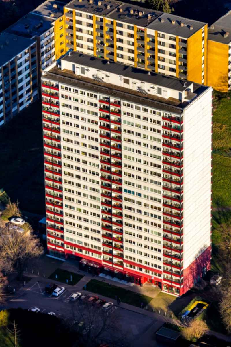 High-rise building in the residential area 'Weisser Riese' in the district Hochheide in Duisburg in the state North Rhine-Westphalia, Germany. Further information at: GEBAG Duisburger Baugesellschaft mbH.