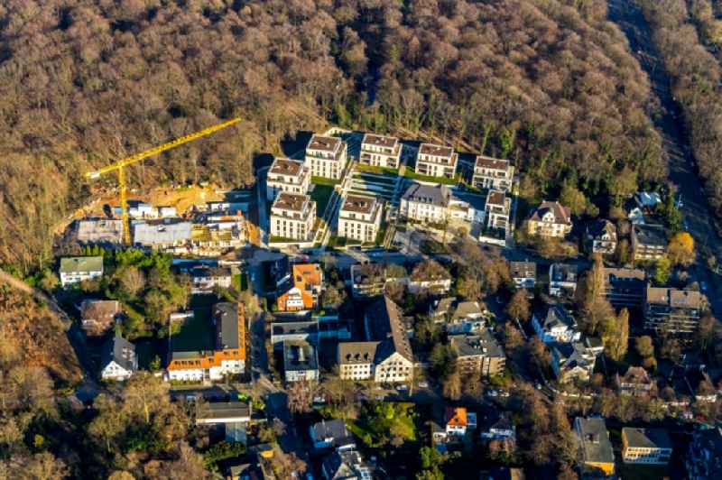Construction site to build a new multi-family residential complex of QUARTIER WILHELMSHOeHE GmbH in the district Duissern in Duisburg in the state North Rhine-Westphalia. Further information at: Blank Baukonzept GmbH,  Druschke und Grosser Architekten BDA.