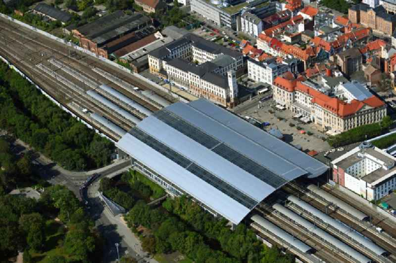 Track progress and building of the main station of the railway in Erfurt in the state Thuringia, Germany