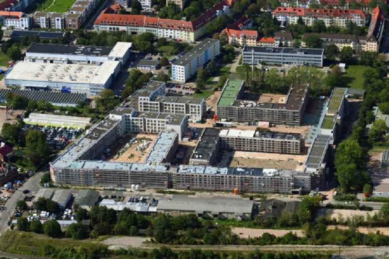 Construction site to build a new multi-family residential complex of ' Projektgesellschaft Erfurt Nr.8 GmbH ' on Geschwister-Scholl-Strasse - Am Alten Nordhaeuser Bahnhof in the district Kraempfervorstadt in Erfurt in the state Thuringia, Germany