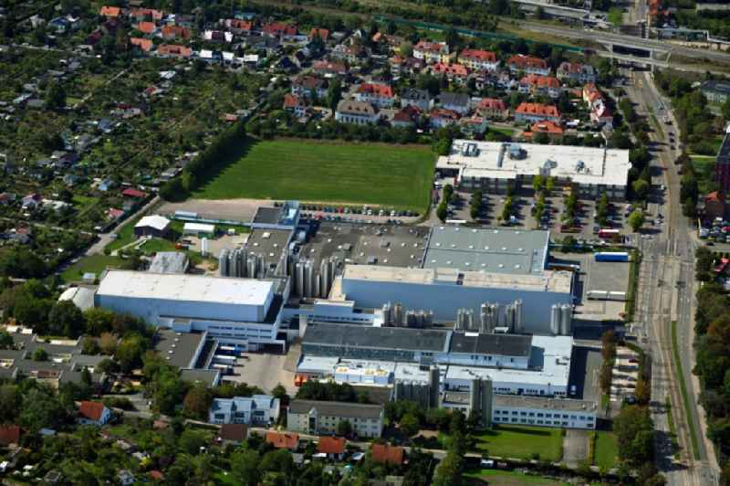 Buildings and production halls on the factory premises of 'DMK Deutsches Milchkontor GmbH' and 'Milchwerke Thueringen GmbH' in the district of Kriegervorstadt in Erfurt in the state of Thuringia, Germany