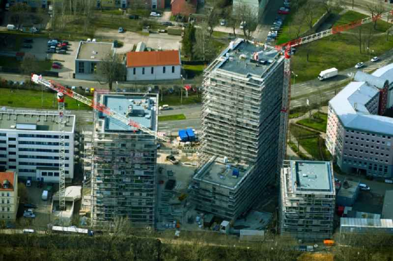 Construction site for the new high-rise complex 'Wir Quartier' with two residential towers and a six-class city villa on Juri-Gagarin-Ring in the Old Town district in Erfurt in the state of Thuringia, Germany
