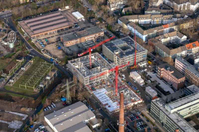 Construction site to build a new office and commercial building RWE Campus on Altenessener Strasse in Essen in the state North Rhine-Westphalia, Germany. Further information at: GOLDBECK GmbH,  HPP Architekten GmbH,  Lang & Cie. Rhein-Ruhr Real Estate AG,  RWE AG.