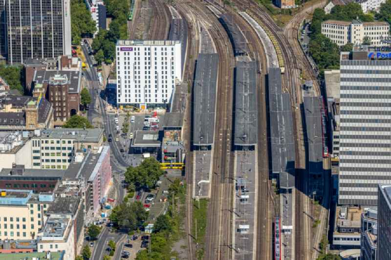 Track progress and building of the main station of the railway in Essen in the state North Rhine-Westphalia, Germany