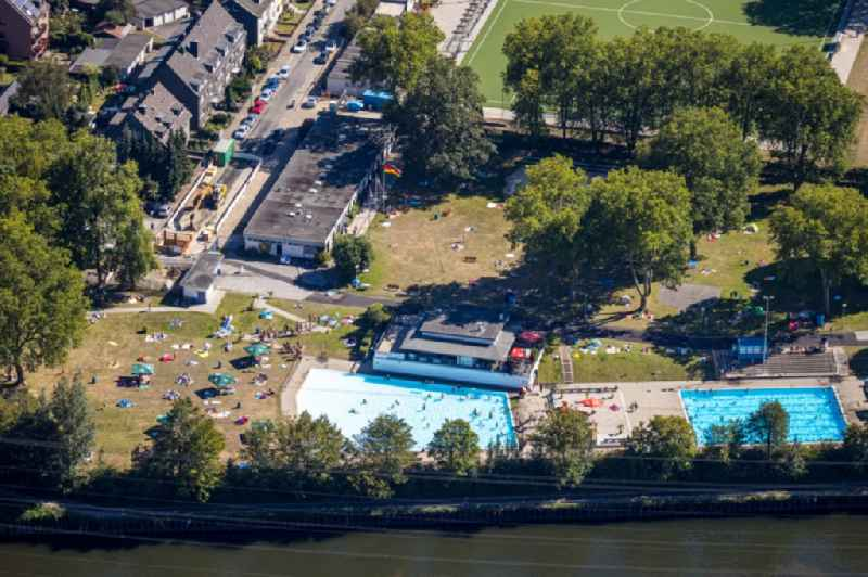 Swimming pool of the ' Freibad Dellwig 'Hesse' ' on Scheppmannskonp in Essen in the state North Rhine-Westphalia, Germany