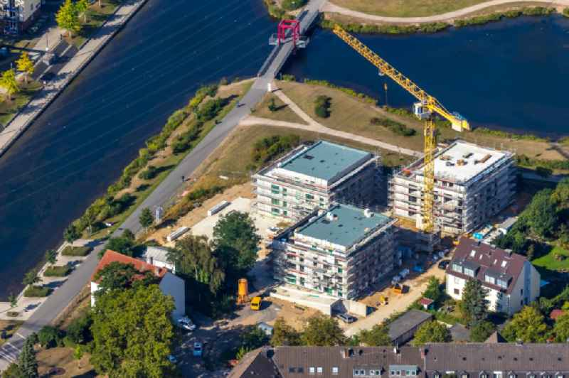 Construction site for the construction of an apartment building 'Uferviertel Nord' on Lake Niederfeld in the district of Altendorf in Essen in the state of North Rhine-Westphalia, Germany