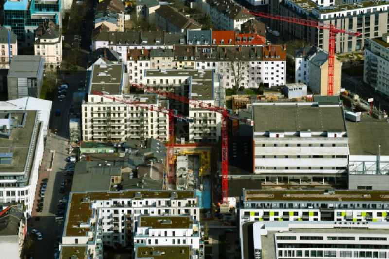 Construction site for the multi-family residential building ' GALLUS RESIDENCE ' on Lahnstrasse in the district Gallus in Frankfurt in the state Hesse, Germany