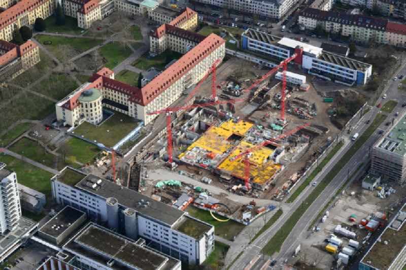Construction site for a new extension to the hospital grounds ' Universitaetsklinikum Freiburg ' in the district Stuehlinger in Freiburg im Breisgau in the state Baden-Wurttemberg, Germany