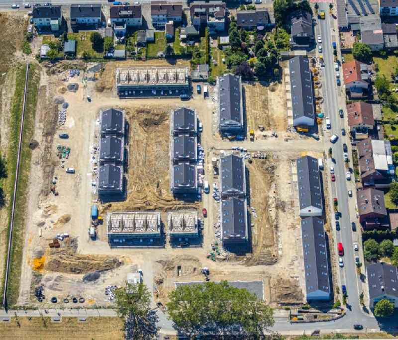 Construction site of a new residential area of the terraced housing estate on Hohenzollernstrasse corner Richardstrasse in the district Bulmke-Huellen in Gelsenkirchen in the state North Rhine-Westphalia, Germany