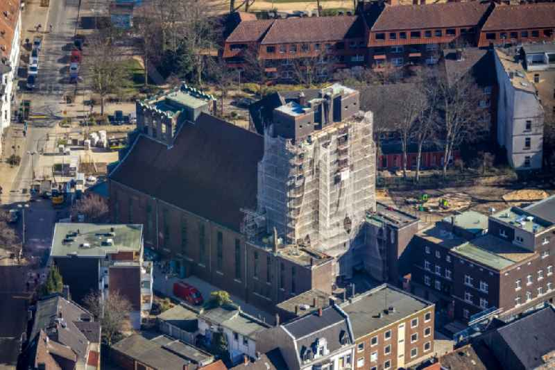 Construction site for renovation and reconstruction work on the church building of 'Heilig-Kreuz-Kirche' on Bochumer Strasse in the district Ueckendorf in Gelsenkirchen in the state North Rhine-Westphalia, Germany