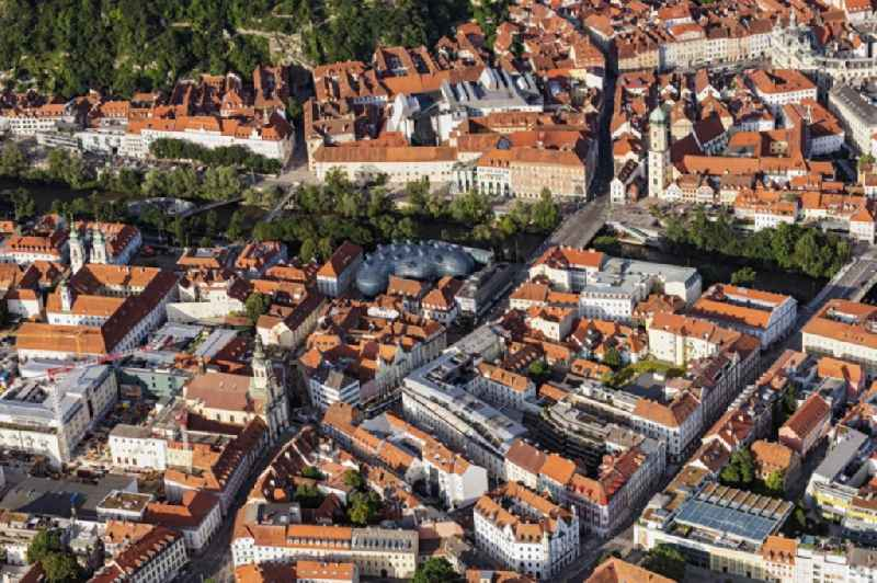 Old Town area and city center on Flussverlauf of Mur in Graz in Steiermark, Austria.