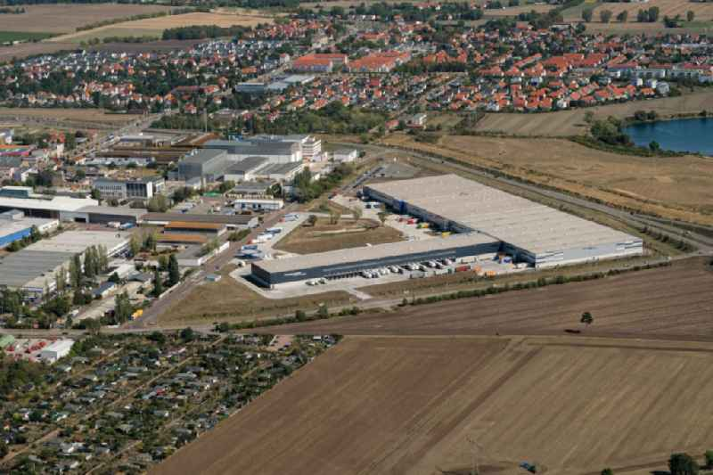 Warehouses and forwarding building on Grenzstrasse in the district Bueschdorf in Halle (Saale) in the state Saxony-Anhalt, Germany. Further information at: Finsterwalder Transport & Logistik GmbH.