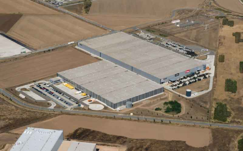 Building complex and grounds of the logistics center of in Star Park on Polarisstrasse in the district Peissen in Halle (Saale) in the state Saxony-Anhalt, Germany. Further information at: FIEGE Logistik Stiftung & Co. KG,  Radial Fulfillment GmbH.