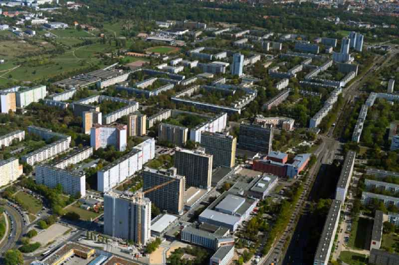 Skyscrapers in the residential area of industrially manufactured settlement An der Magistrale with renovation work on 'Block 007' in the district Neustadt in Halle (Saale) in the state Saxony-Anhalt, Germany