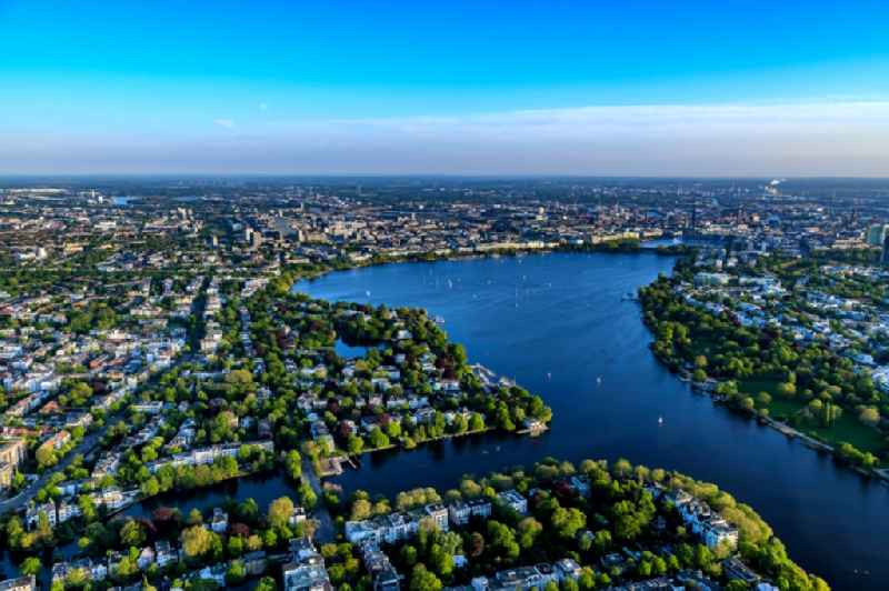 View of the Uhlenhorst part on the Eastern riverbank of the Aussenalster in the Hanseatic city of Hamburg in Germany.
