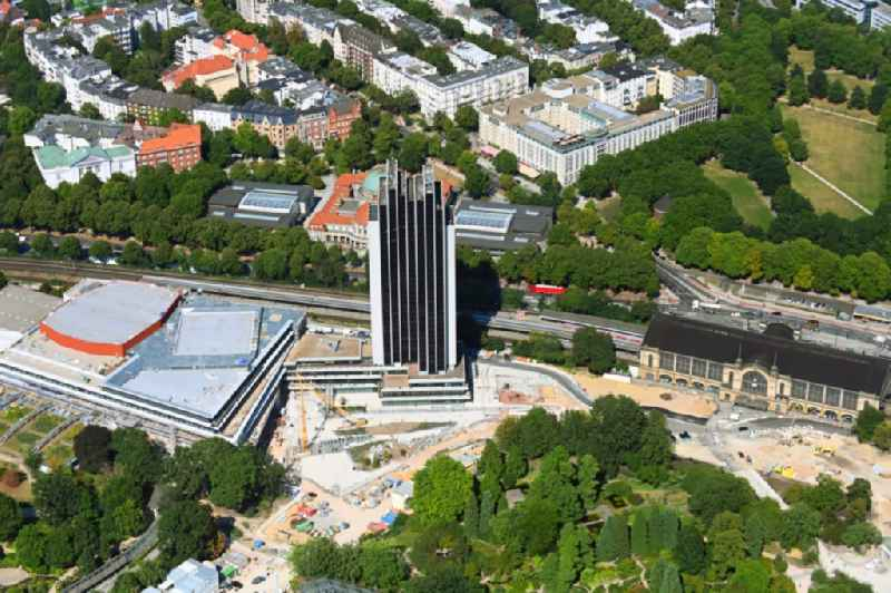 Renovation site of the Congress Center ( CCH ) on High-rise building of the hotel complex Radisson Blu on Marseiller Strasse in Hamburg, Germany