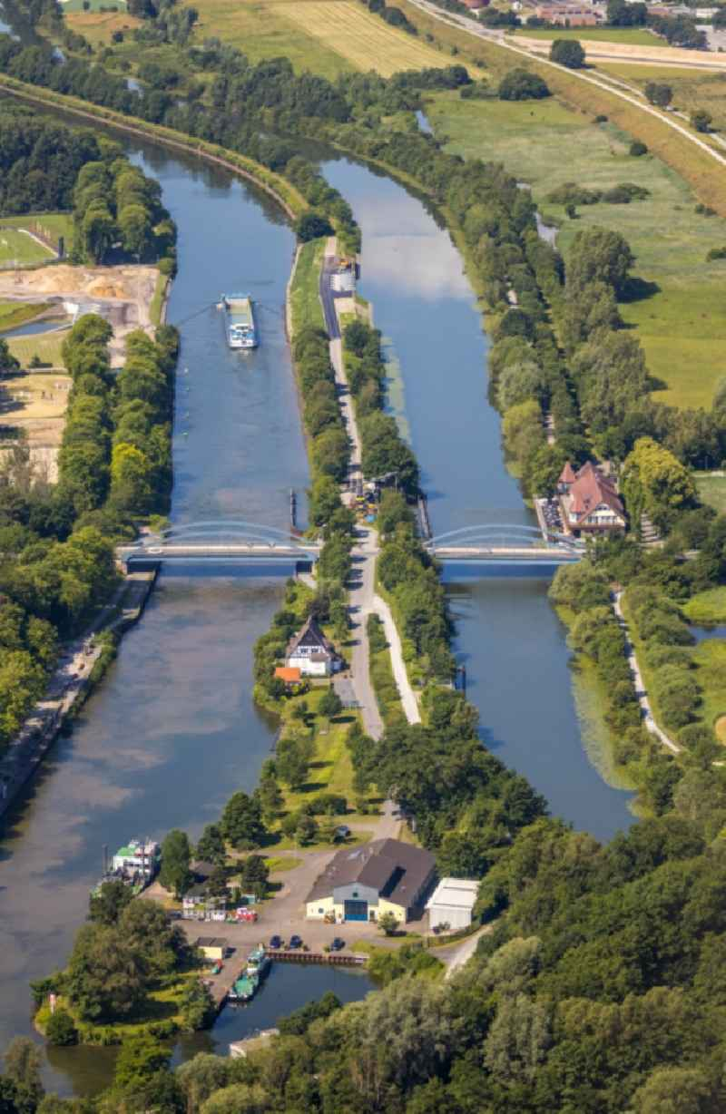 River - bridge construction on Faehrstrasse along the Datteln-Hamm-Kanal and the Lippe in the district Heessen in Hamm in the state North Rhine-Westphalia, Germany